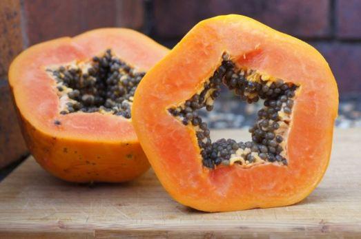 Home remedies for acne - papaya