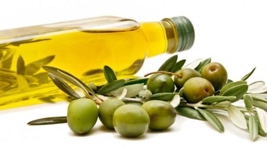 home remedies for acne scars - olive oil