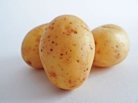 home remedies for acne scars - potato